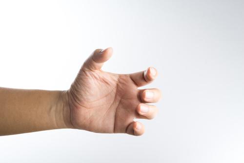 Что такое тремор рук?