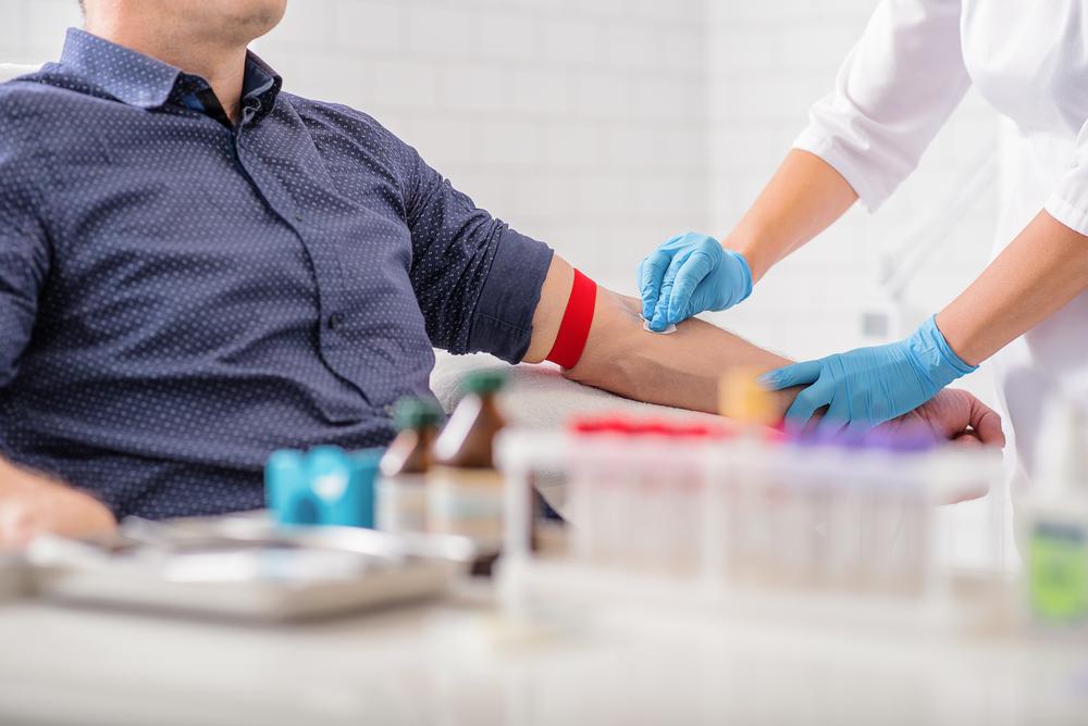 Как остановить артериальное кровотечение?