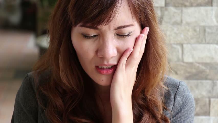 Как возникает зубная боль?