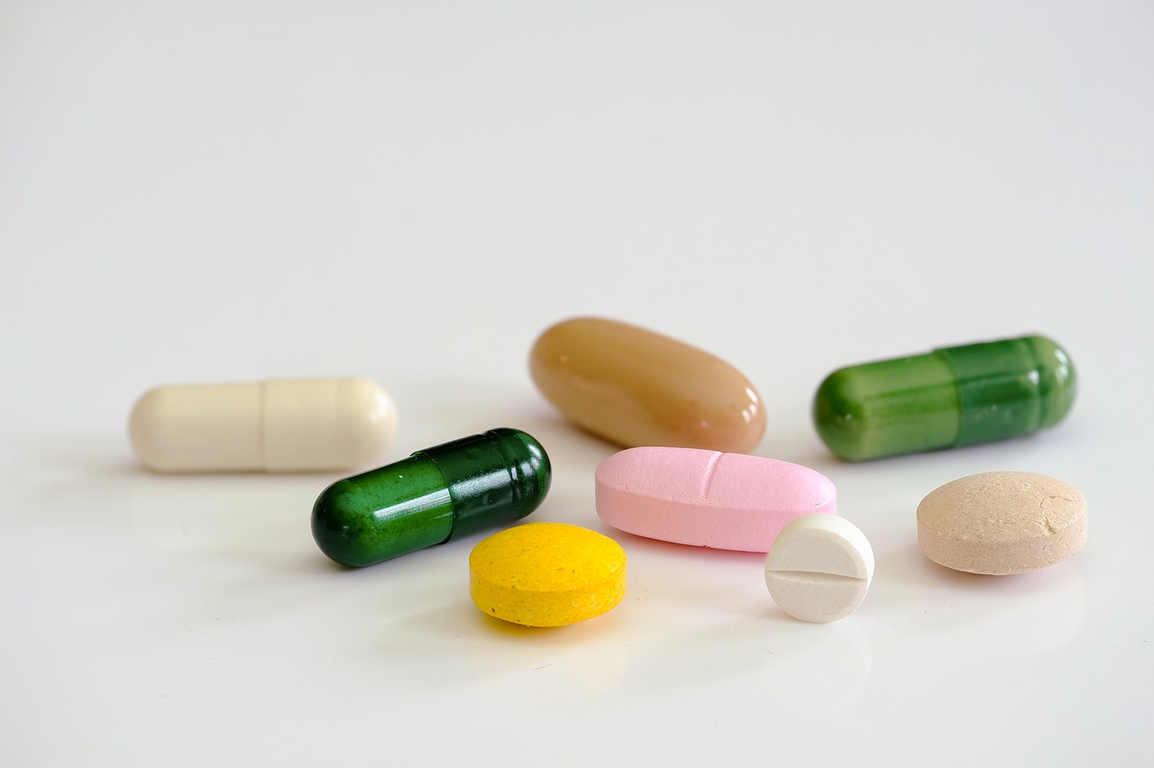 Какие препараты следует принимать при отравлении?